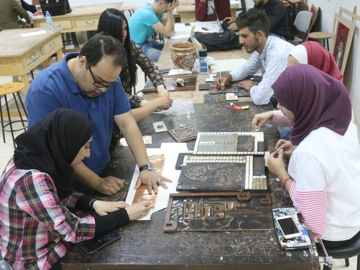 Carpentry and Decor Workshops